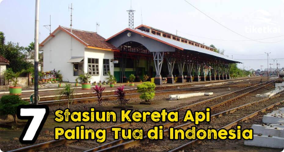 stasiun tertua di indonesia